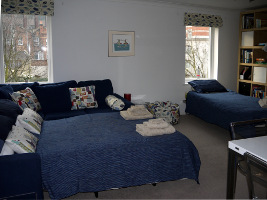 Picture of the single bed